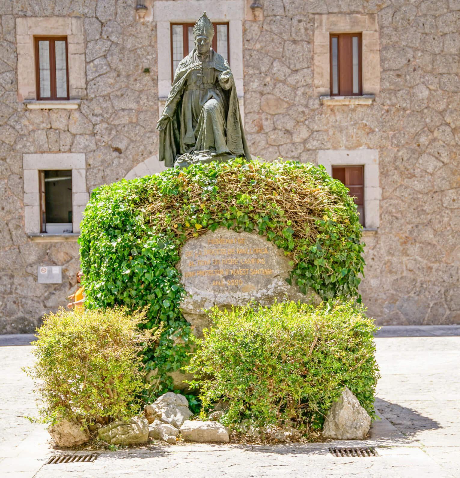 Bischof Pere-Joan Campins kloster lluc mallorca