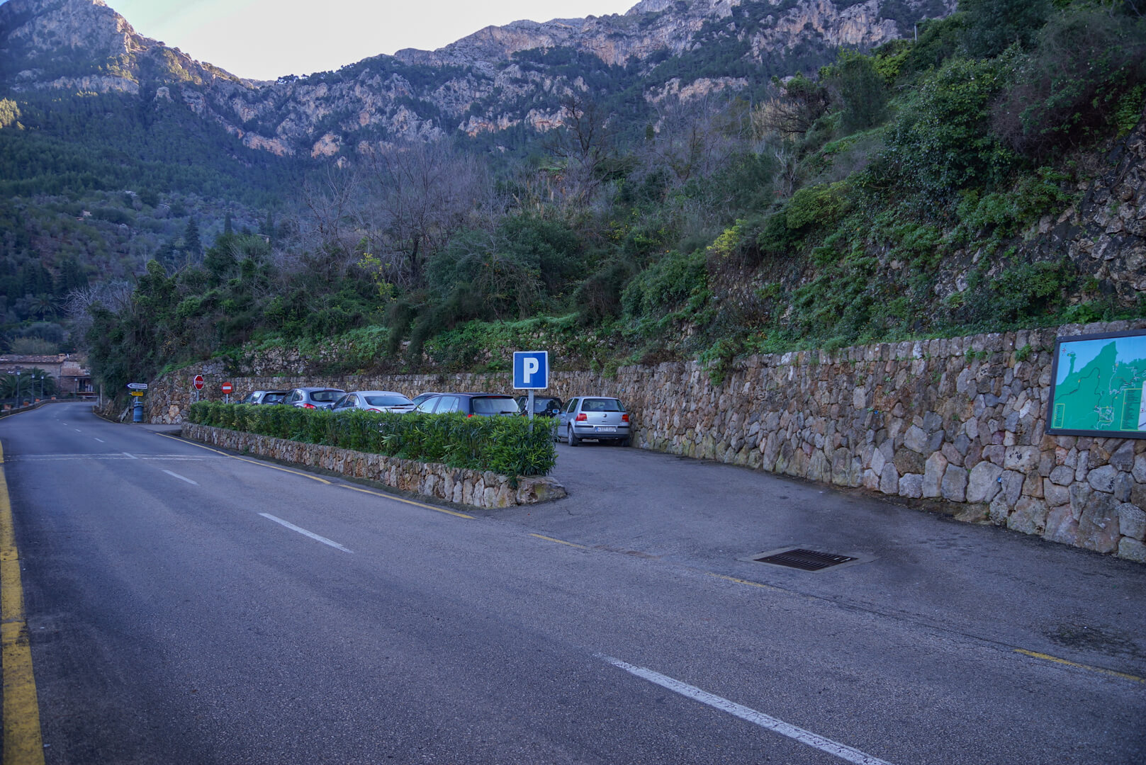 Parkplatz Cala Deia