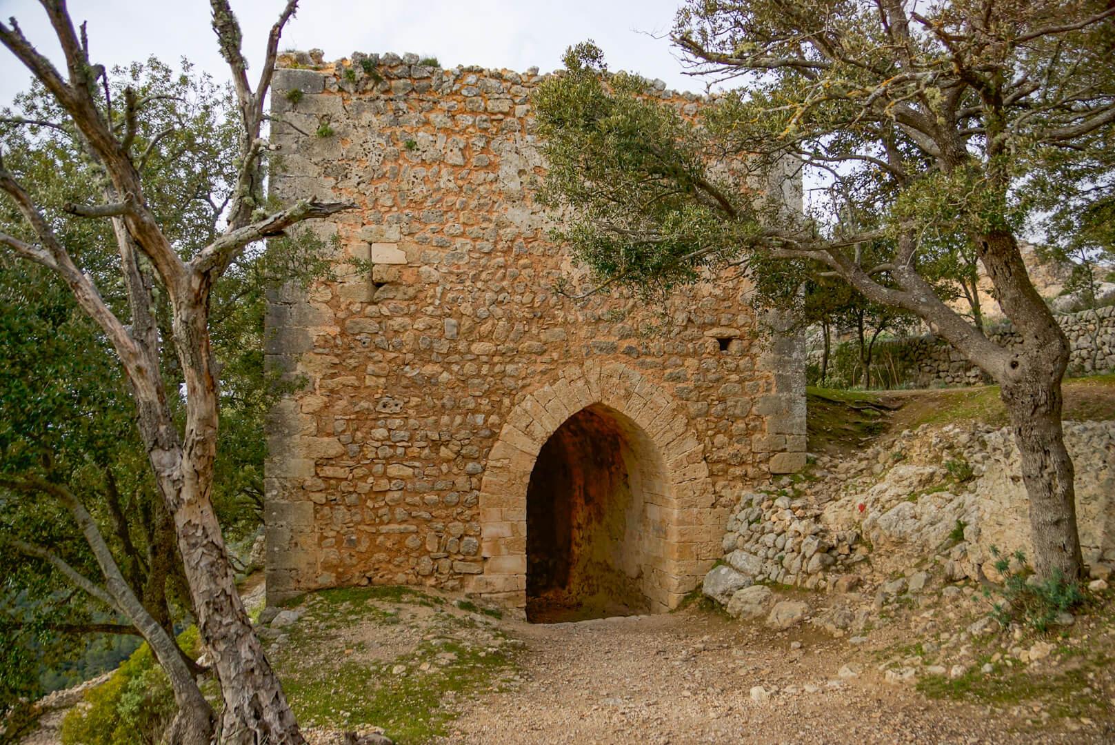 Durchgang zum Castell